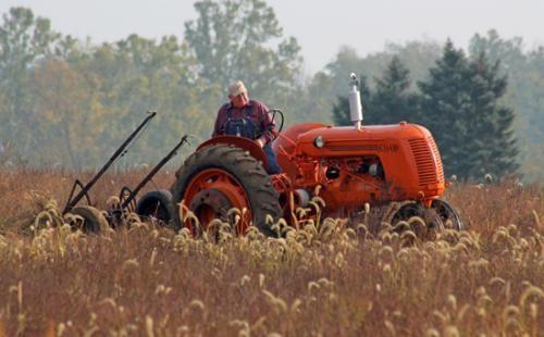 Ageless Iron Tractors : Ageless iron plow day huntington county tab
