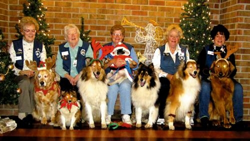 Huntington County team members of Fort Wayne's Three Rivers Visiting Dogs group were recently recognized for making almost 1,000 visits in 2012 to nursing homes and hospitals.