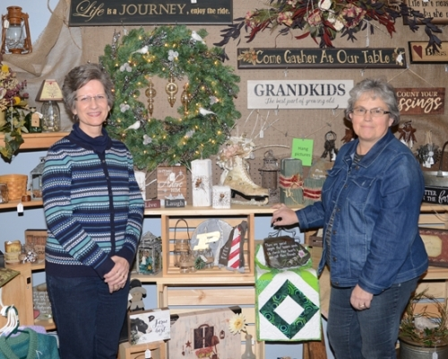 Candy Smith (left) and Tamara Spahr are the owners of Homespun Market, a new shop in Warren specializing in home décor and handmade items.