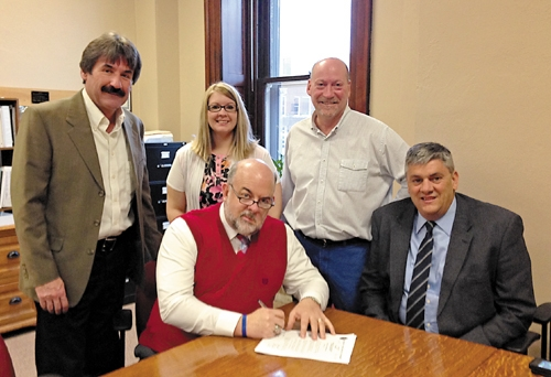 Huntington's mayor and the Huntington County Commissioners signed a proclamation on Monday, March 10, declaring the week of March 16 through 22 as Severe Weather Preparedness Week.