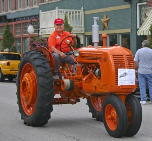 Ageless Iron Tractors : Ageless iron tractor parade huntington county tab